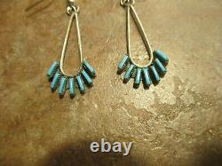 FINE Vintage Zuni Sterling Silver French Hook NEEDLE POINT Turquoise Earrings