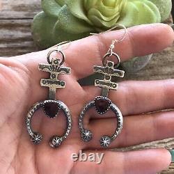 Navajo Sterling Silver Purple Spiny Oyster Naja Dangle Earrings