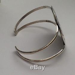 Sterling Silver Navajo Handmade Inlay Stone Round Hummingbird Cuff Bracelet